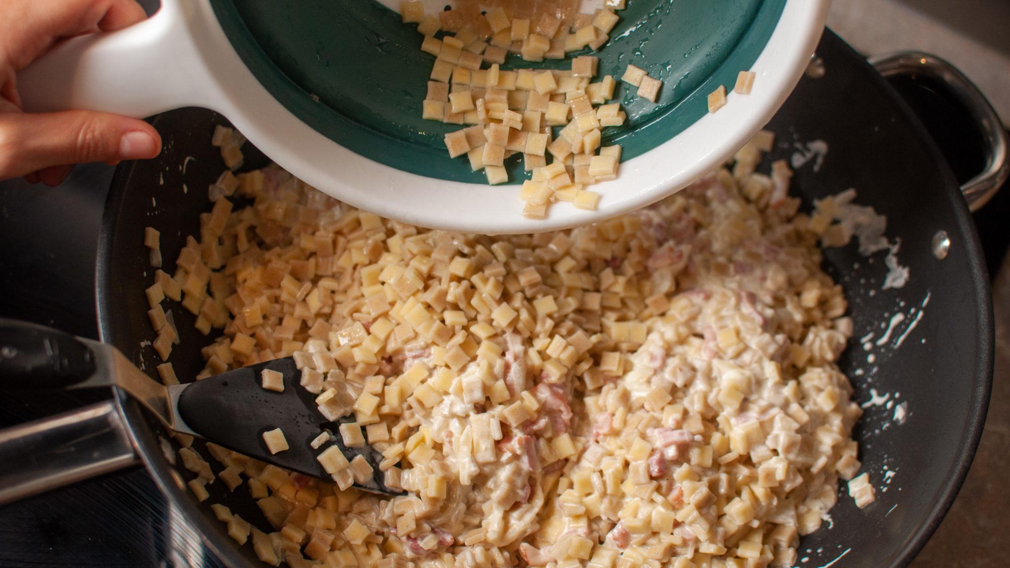Mélange des Crozets - La recette de Croziflette au Reblochon facile rapide et gourmande